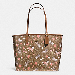 COACH F57917 - BASEMAN X COACH SECRET ORDER REVERISBLE TOTE IN SIGNATURE COATED CANVAS IMITATION GOLD/KHAKI PINK MULTI