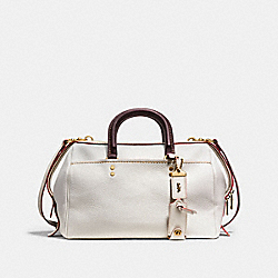 ROGUE SATCHEL IN GLOVETANNED PEBBLE LEATHER - f58023 - OLD BRASS/CHALK