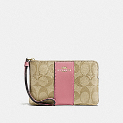 CORNER ZIP WRISTLET IN SIGNATURE CANVAS - f58035 - light khaki/vintage pink/imitation gold