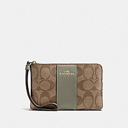 COACH F58035 Corner Zip Wristlet In Signature Canvas KHAKI/MILITARY GREEN/GOLD