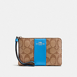 COACH F58035 Corner Zip Wristlet In Signature Canvas KHAKI/BRIGHT BLUE/SILVER