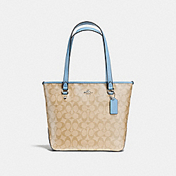 ZIP TOP TOTE IN SIGNATURE - f58294 - SILVER/LIGHT KHAKI/CORNFLOWER