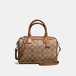 MINI BENNETT SATCHEL IN SIGNATURE - f58312 - IMITATION GOLD/KHAKI/SADDLE