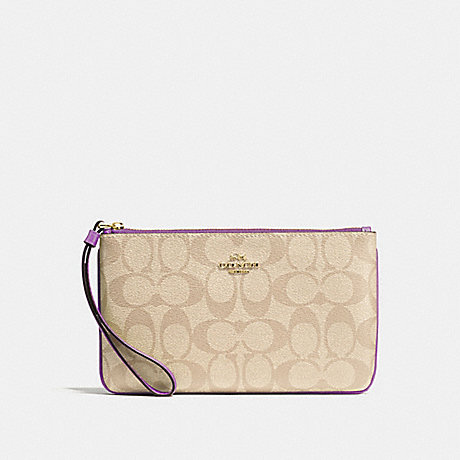 COACH F58695 LARGE WRISTLET IN SIGNATURE CANVAS<br>蔻驰大腕在签名画布 光卡其/草/仿金