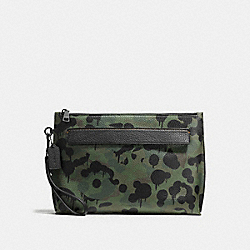 COACH F59293 Pouch With Wild Beast Print MILITARY WILD BEAST