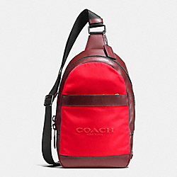 COACH F59320 Charles Pack In Nylon BRICK RED/BRIGHT RED