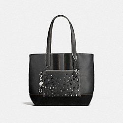 METROPOLITAN SOFT TOTE WITH STUDS - f59427 - DARK NICKEL/BLACK