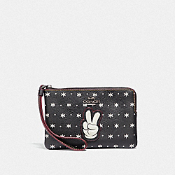 COACH F59530 Corner Zip Wristlet With Prairie Bandana Print And Mickey BLACK/CHALK/BLACK ANTIQUE NICKEL