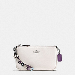 LARGE WRISTLET 19 IN NATURAL REFINED LEATHER WITH FLORAL APPLIQUE STRAP - f59558 - BLACK ANTIQUE NICKEL/CHALK