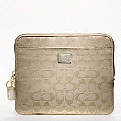 COACH F61366 - POPPY SIGNATURE METALLIC UNIVERSAL SLEEVE ONE-COLOR