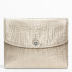 COACH METALLIC LEATHER UNIVERSAL CLUTCH - ONE COLOR - F62236