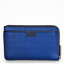 COACH HERITAGE SIGNATURE EMBOSSED PVC MULTI FUNCTION CASE - BLUE - F63657