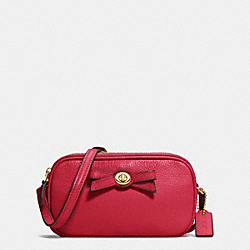 COACH F64248 - TURNLOCK BOW CROSSBODY POUCH IN PEBBLE LEATHER IMITATION GOLD/CLASSIC RED