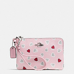 CORNER ZIP WRISTLET IN HEART PRINT COATED CANVAS - f65143 - SILVER/PETAL MULTI