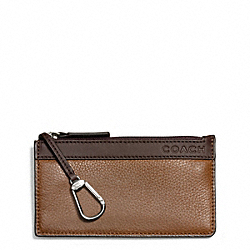 CAMDEN LEATHER ENVELOPE KEY CASE - f65178 - SADDLE/MAHOGANY