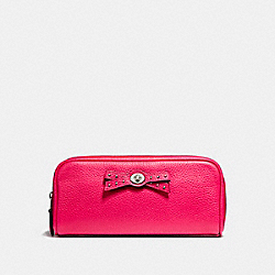 COACH F65539 Turnlock Tie Cosmetic Case In Pebble Leather SILVER/AMARANTH