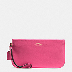COACH LARGE WRISTLET IN CROSSGRAIN LEATHER - IMITATION GOLD/DAHLIA - F65555