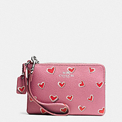 COACH F65571 Corner Zip Wristlet In Heart Print Coated Canvas SILVER/PINK
