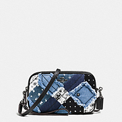 CROSSBODY CLUTCH IN CANYON QUILT DENIM - f65723 - DARK GUNMETAL/DENIM SKULL PRINT