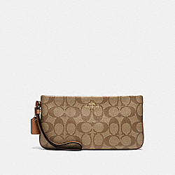 COACH F65748 Large Wristlet In Signature  IMITATION GOLD/KHAKI/SADDLE