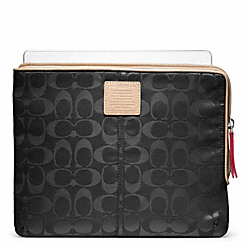 COACH LEGACY WEEKEND NYLON L-ZIP IPAD SLEEVE - ONE COLOR - F65856