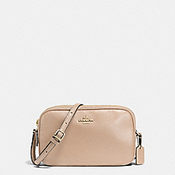 CROSSBODY POUCH IN PEBBLE LEATHER - f65988 - IMITATION GOLD/BEECHWOOD