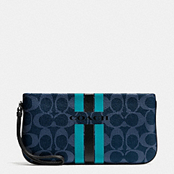 COACH VARSITY STRIPE LARGE WRISTLET IN SIGNATURE - f66463 - SILVER/DENIM/BLACK