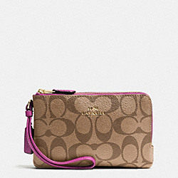 COACH F66506 Double Corner Zip Wristlet In Signature IMITATION GOLD/KHAKI/HYACINTH