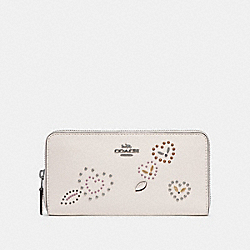 COACH F67495 Accordion Zip Wallet With Heart Bandana Rivets CHALK MULTI/SILVER