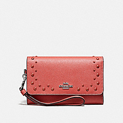 COACH F67500 - FLAP PHONE WALLET WITH STUDS CORAL/SILVER