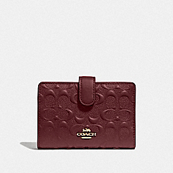 COACH F67565 Medium Corner Zip Wallet In Signature Leather WINE/IMITATION GOLD