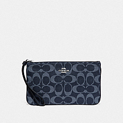 COACH F67587 - LARGE WRISTLET IN SIGNATURE DENIM DENIM/SILVER