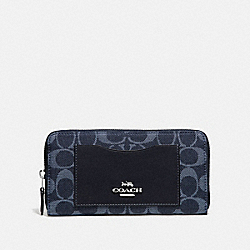 COACH F67588 - ACCORDION ZIP WALLET IN SIGNATURE DENIM DENIM/SILVER