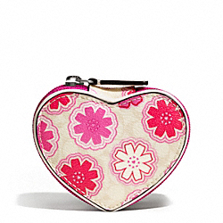 COACH F67782 - FLORAL PRINT HEART JEWELRY POUCH ONE-COLOR