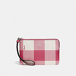 COACH F67934 Corner Zip Wristlet With Buffalo Plaid Print STRAWBERRY/SILVER