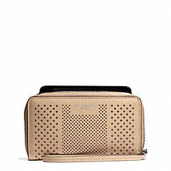 COACH F68926 Bleecker Striped Perforated Leather East/west Universal Case SILVER/TAN