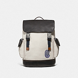 RIVINGTON BACKPACK WITH COACH PATCH - F69300 - JI/CHALK/BLACK