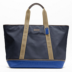 COACH F70832 - HERITAGE SIGNATURE EMBOSSED PVC CANVAS WEEKEND TOTE SILVER/NAVY/COBALT