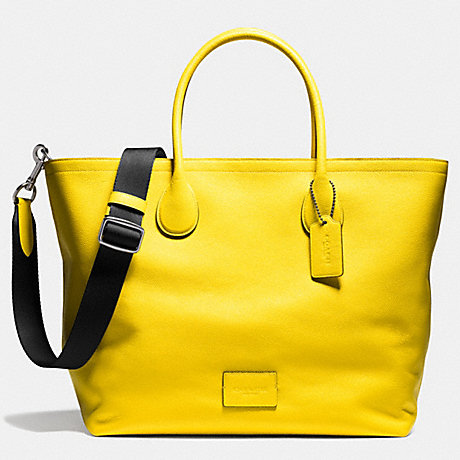 Coach F71702 Mercer Tote 40 In Refined Pebble Leather Qb Yellow