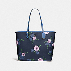 REVERSIBLE CITY TOTE IN SIGNATURE CANVAS WITH PAINTED PEONY PRINT - F72652 - NAVY MULTI/KHAKI/IMITATION GOLD