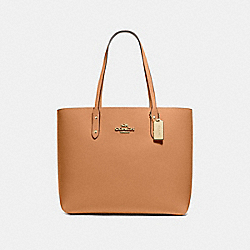 TOWN TOTE - F72673 - LIGHT SADDLE/IMITATION GOLD