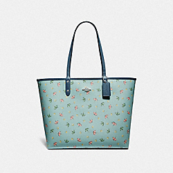 REVERSIBLE CITY TOTE WITH BEACH UMBRELLA PRINT - F72714 - SEAFOAM/MIDNIGHT/SILVER