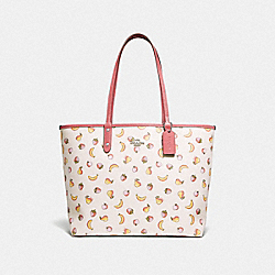 REVERSIBLE CITY TOTE WITH MIXED FRUIT PRINT - F72901 - CHALK MULTI/PEONY/SILVER