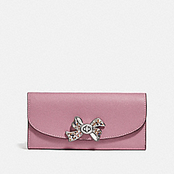 SLIM ENVELOPE WALLET WITH BOW TURNLOCK - F72902 - TULIP