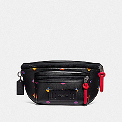COACH F72920 - TERRAIN BELT BAG WITH ALLOVER ATARI PRINT BLACK MULTI/BLACK ANTIQUE NICKEL
