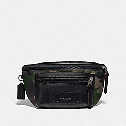 TERRAIN BELT BAG WITH PIXELATED CAMO PRINT - F72928 - DARK GREEN MULTI/BLACK ANTIQUE NICKEL