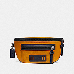 TERRAIN BELT BAG IN COLORBLOCK - F72941 - MARIGOLD/BLACK ANTIQUE NICKEL