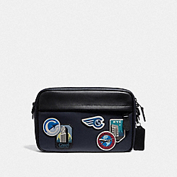 GRAHAM CROSSBODY WITH TRAVEL PATCHES - F72945 - MIDNIGHT NAVY/MULTI