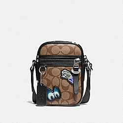 DISNEY X COACH TERRAIN CROSSBODY IN SIGNATURE CANVAS WITH SNOW WHITE AND THE SEVEN DWARFS PATCHES - F72951 - TAN
