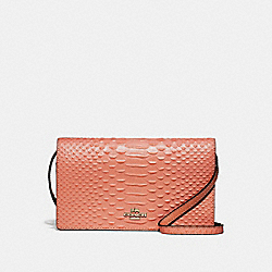 HAYDEN FOLDOVER CROSSBODY CLUTCH - F73107 - LIGHT CORAL/GOLD